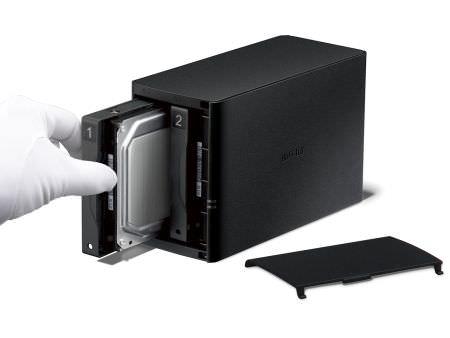 スマートフォンなどの大容量ストレージにできる NAS、バッファローが販売