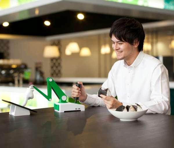 【エイプリルフール】今年の「Google 日本語入力」はタッチパネル用「マジックハンド」、またもや製品化見送りか