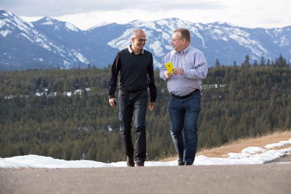 Microsoft が Nokia のモバイル事業買収を完了、弱者連合で終わるか、Apple/Google の対抗勢力になれるか