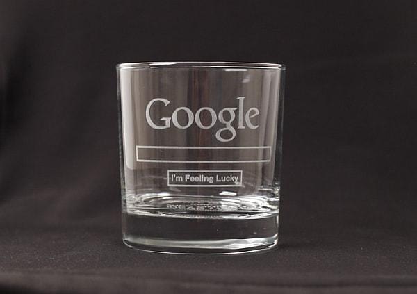 Google ロゴの入ったグラス(コップ)「Google Glass」