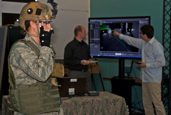 米空軍、グーグルグラスの研究を進める