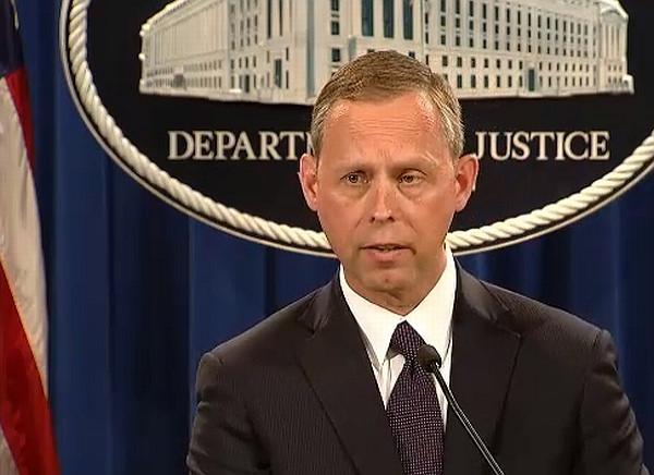 FBI の Robert Anderson 氏