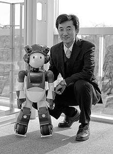 日立が人間共生ロボットの対話技術を開発、自然なコミュニケーションを目指す