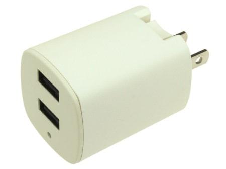 コンセントから直接 USB 充電できる AC 充電アダプタ、最大出力3.1A