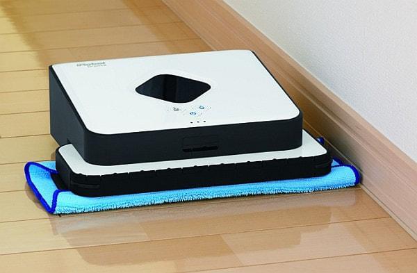 床をぞうきん掛けしてくれるお掃除ロボット、アイロボットの「ブラーバ380j」