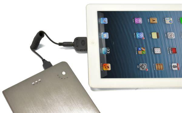 パイパワーで iPad の充電にも (出典:日本トラストテクノロジー)