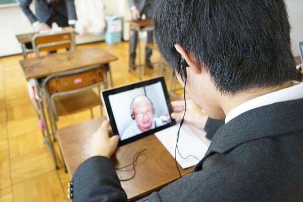 中高生に特化したオンライン英会話「POEC」提供開始--授業と連動して実践力を養う