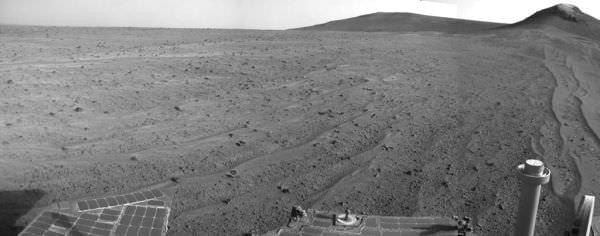 火星探査機オポチュニティ、NASA がフラッシュメモリを再フォーマット
