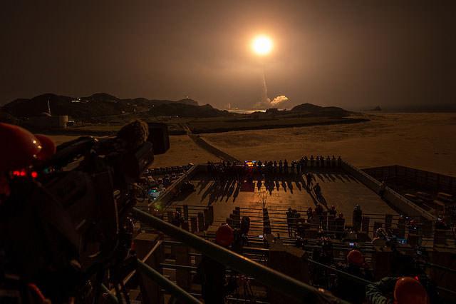 H-IIA ロケット23号機の発射のようす 種子島宇宙センターから「GPM 主衛星」打ち上げを成功させた (出典:JAXA)