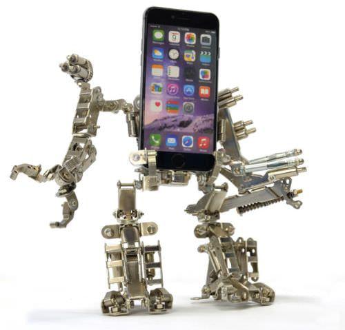 組み立て式ロボット型スマホ/タブレット用スタンド、レーザ―砲など装備