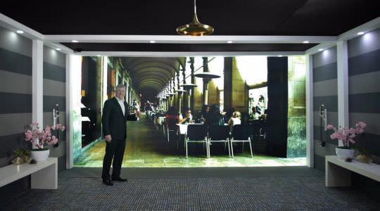 ファーウェイがバルセロナで通信の未来、「MirrorSys」を発表