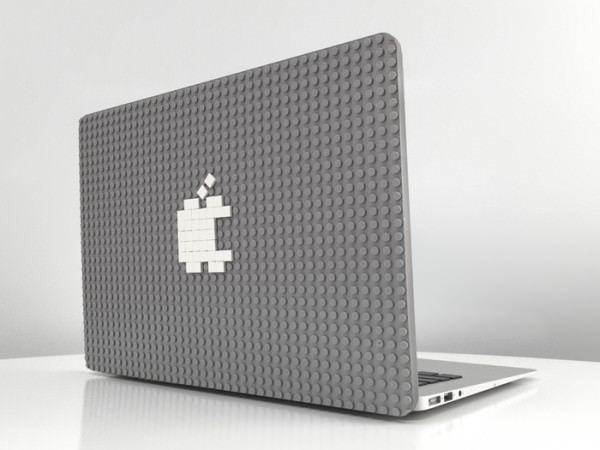 LEGO ブロックで没個性の林檎マークから脱却、MacBook の背面を飾ろう