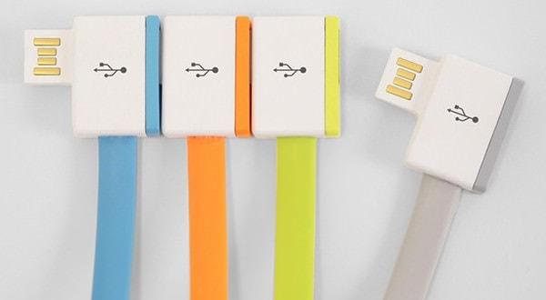 新型 MacBook の USB-C ポートを無限に増やす「InfiniteUSB」、Kickstarter で大人気