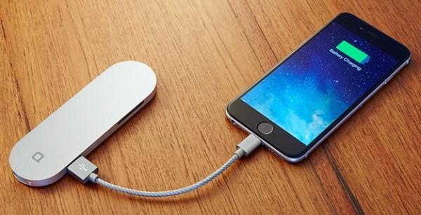 モバイル バッテリとしても使用可能