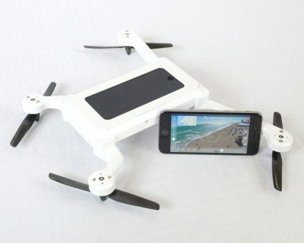 スマホに翼を授ける「PhoneDrone」、ドローンに頭脳とカメラを授けるスマホ