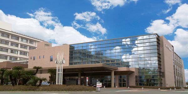 宮崎大学医学部附属病院で大規模な Wi-Fi 環境、病室の奥まで電波を