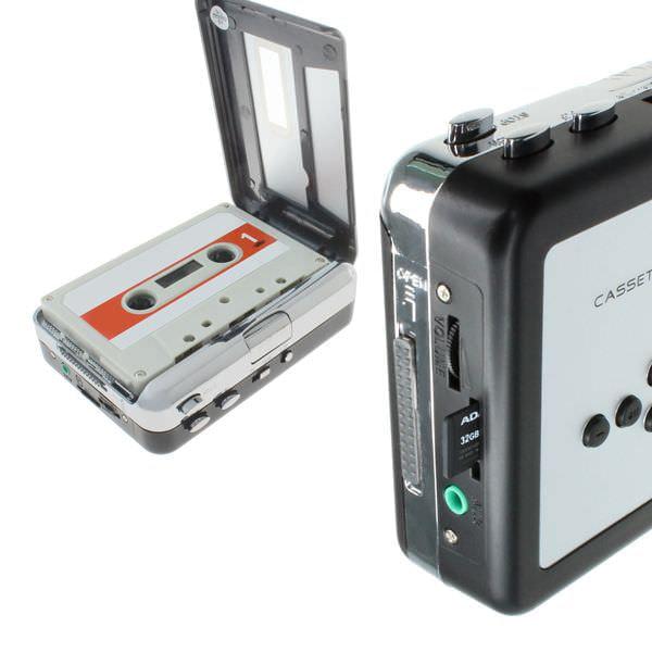 カセットテープから直接変換できる、MP3変換機能搭載カセットプレーヤー