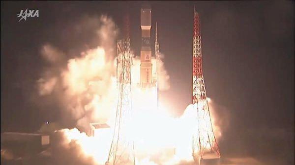 宇宙定期便「こうのとり」、打ち上げに成功