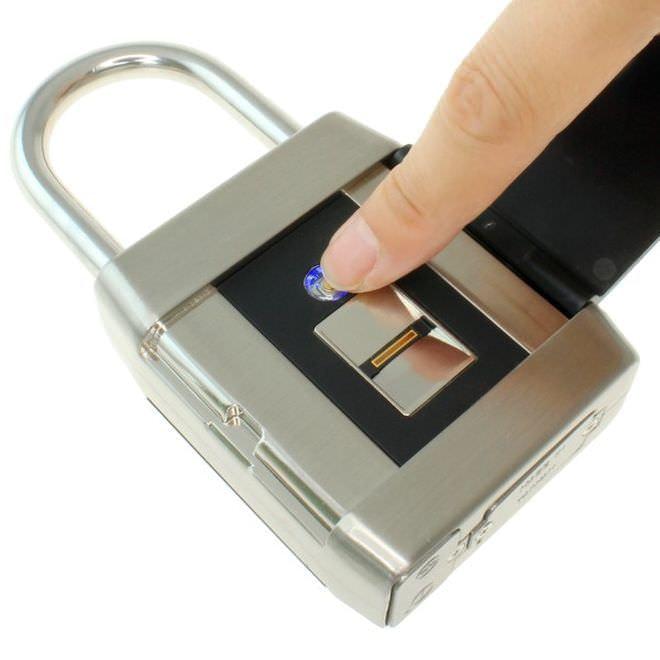 指紋認証 南京錠発売−鍵なしの生活へ