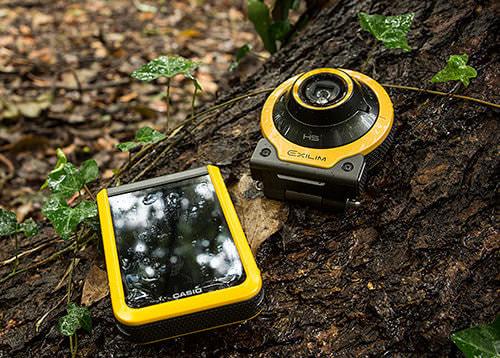 カメラと液晶がかっこよく分離!カシオのアレに新モデル―超広角レンズの「EX-FR100」