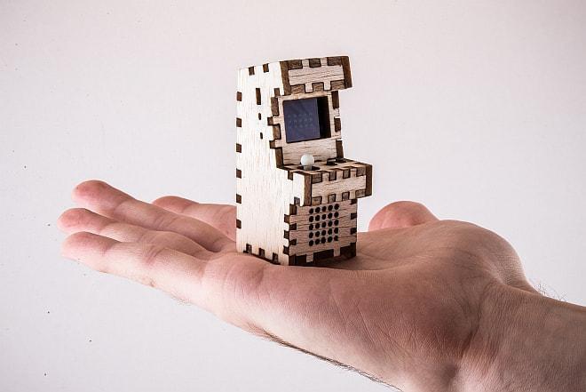小さいけど、ちゃんとしたゲーム機だよ!