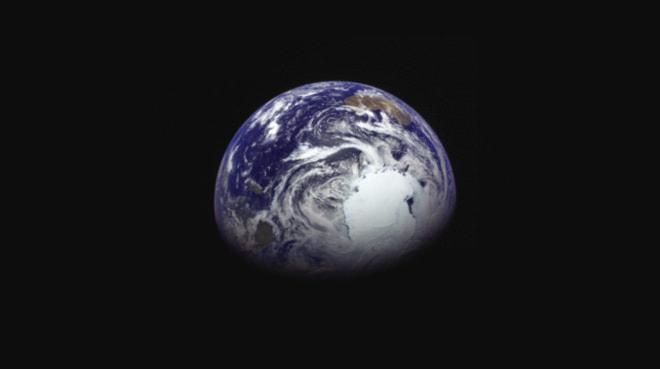 小惑星探査機「はやぶさ2」、地球スイングバイに成功、小惑星「リュウグウ」へ