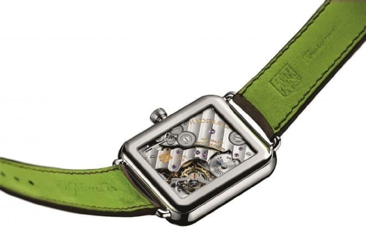 ゼンマイで動く腕時計。300万円する高級なもの。