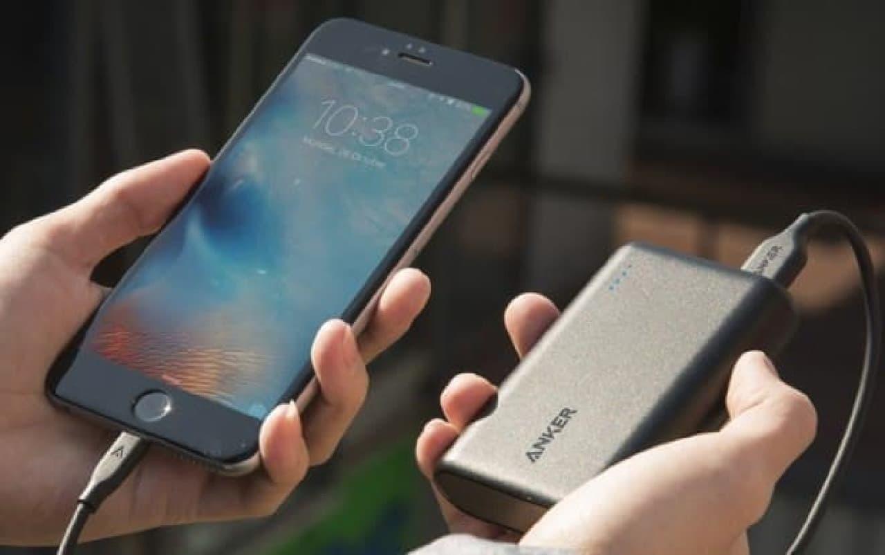 iPhone 6sであれば4回充電できるそう