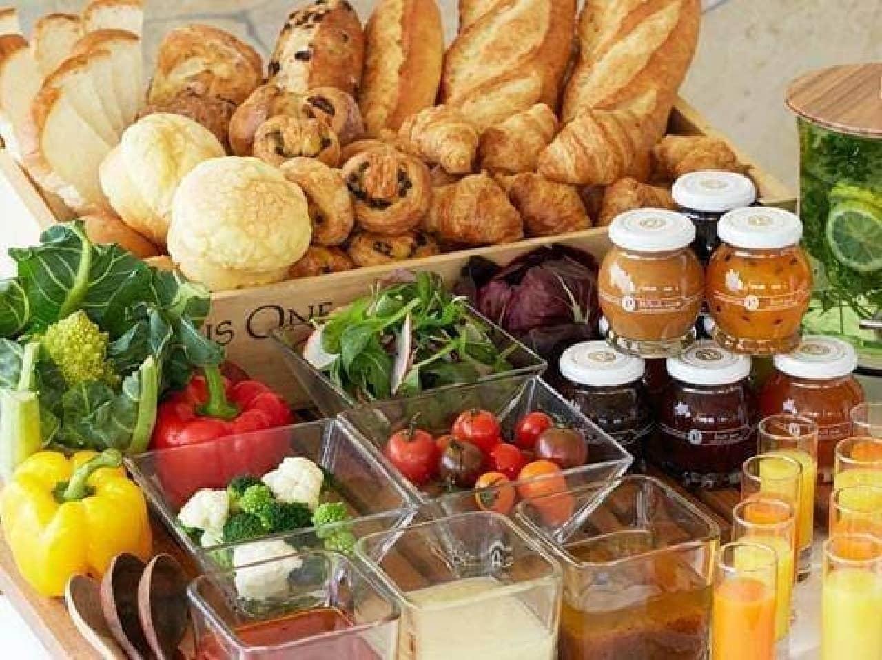 豪華な朝食は旅の楽しみの1つ  ※画像は1位「ホテルピエナ神戸」の朝食例