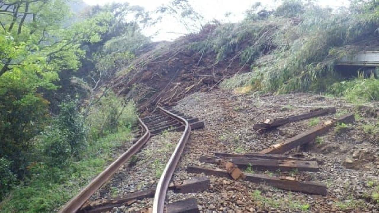 被害状況を伝える写真(出典:南阿蘇鉄道公式サイト)