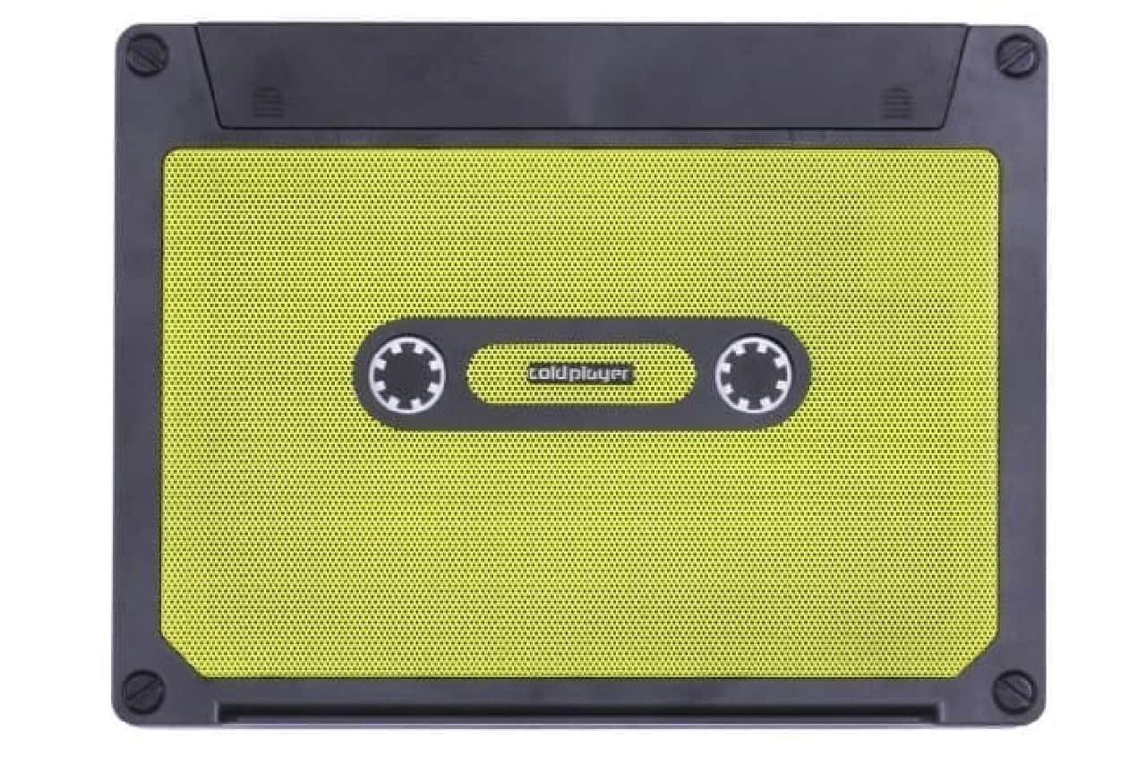 黄色いカセットテープ型のPCクーラー