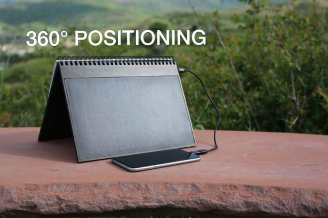 「POWERBOOK」はノートタイプのため、太陽光に垂直に設置できる