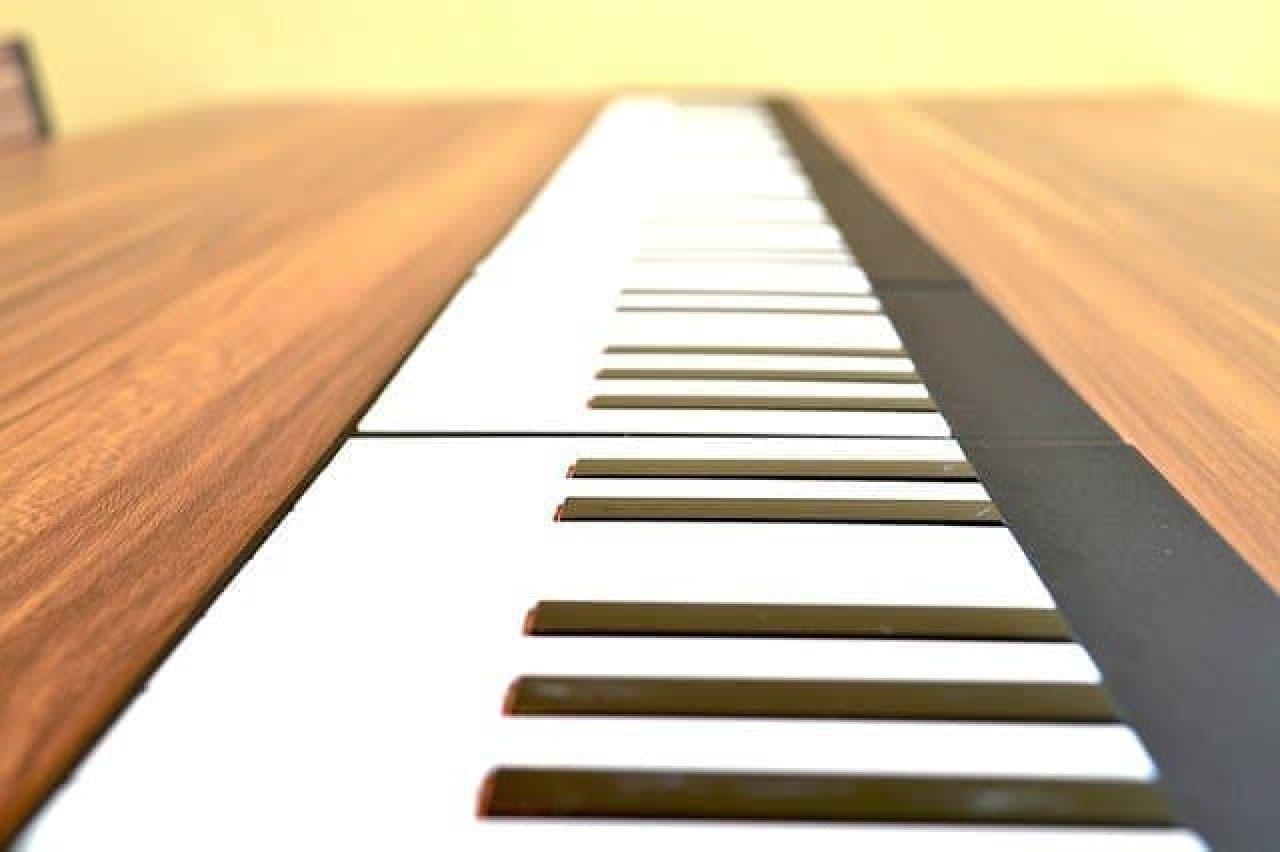 薄いBluetooth鍵盤