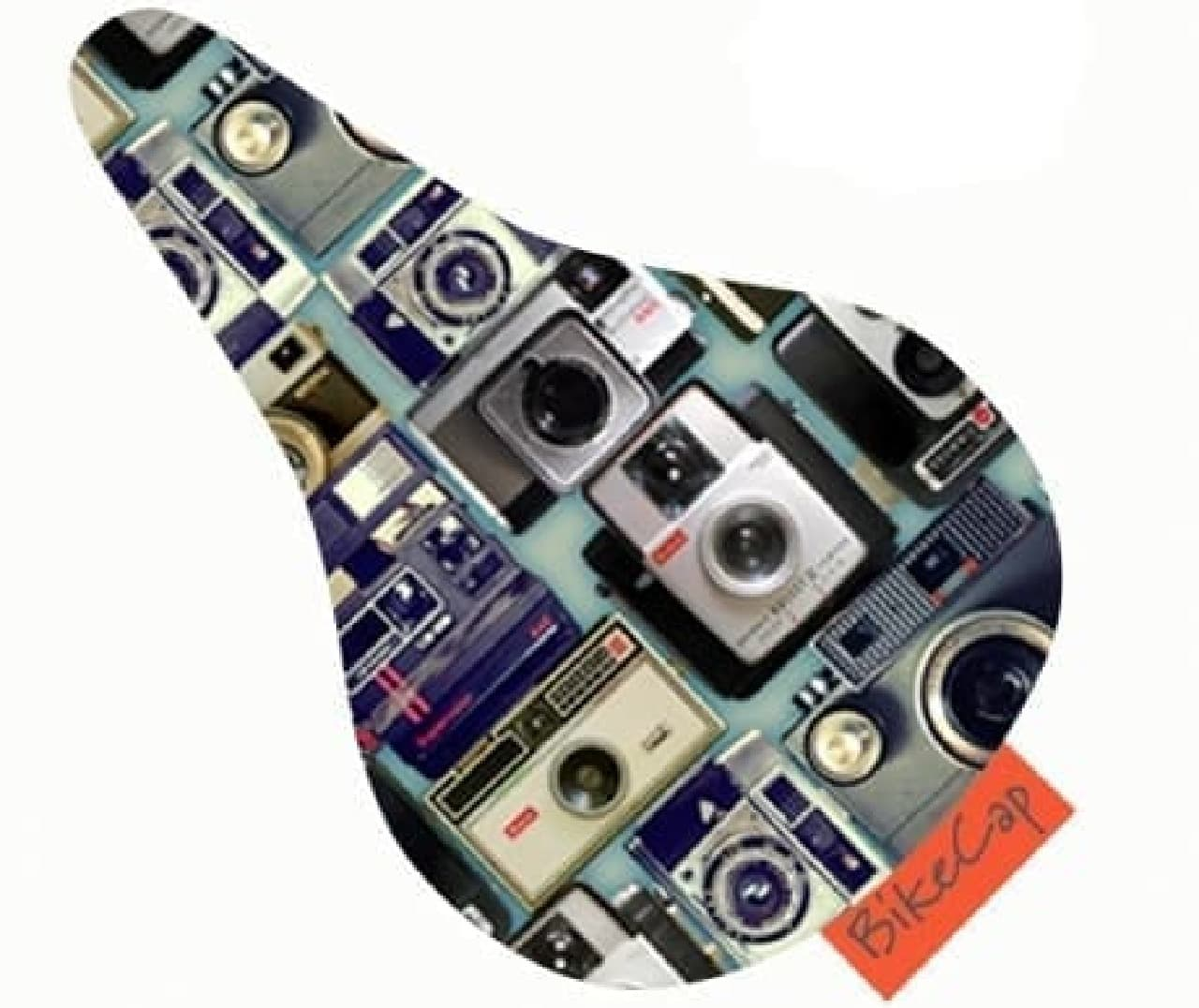 カメラデがザインされたサドルカバー「テイクアピクチャー」