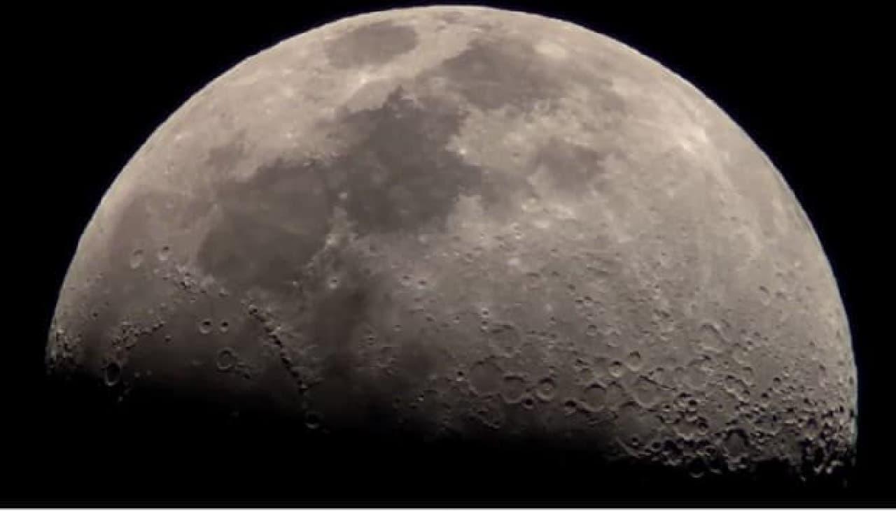 PalPANDAで撮影した月
