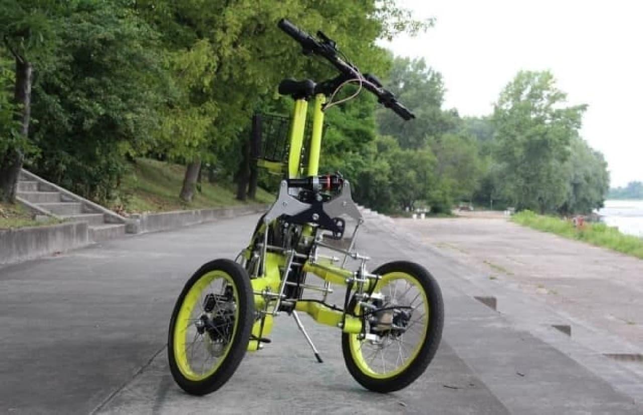 3輪自転車の欠点を解消した「EV4 Bike」