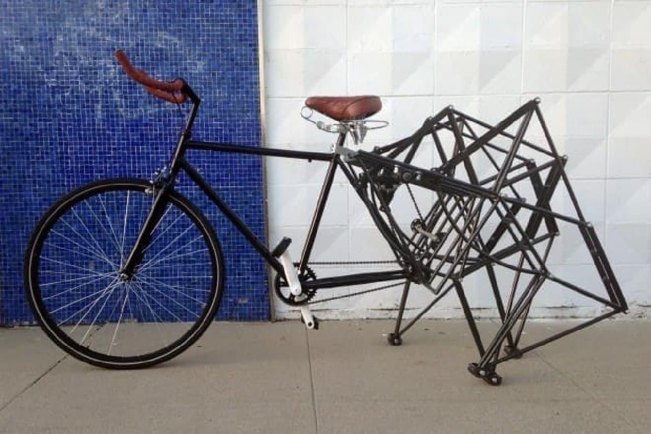 2015年に公開されたときの「Walking Bike」