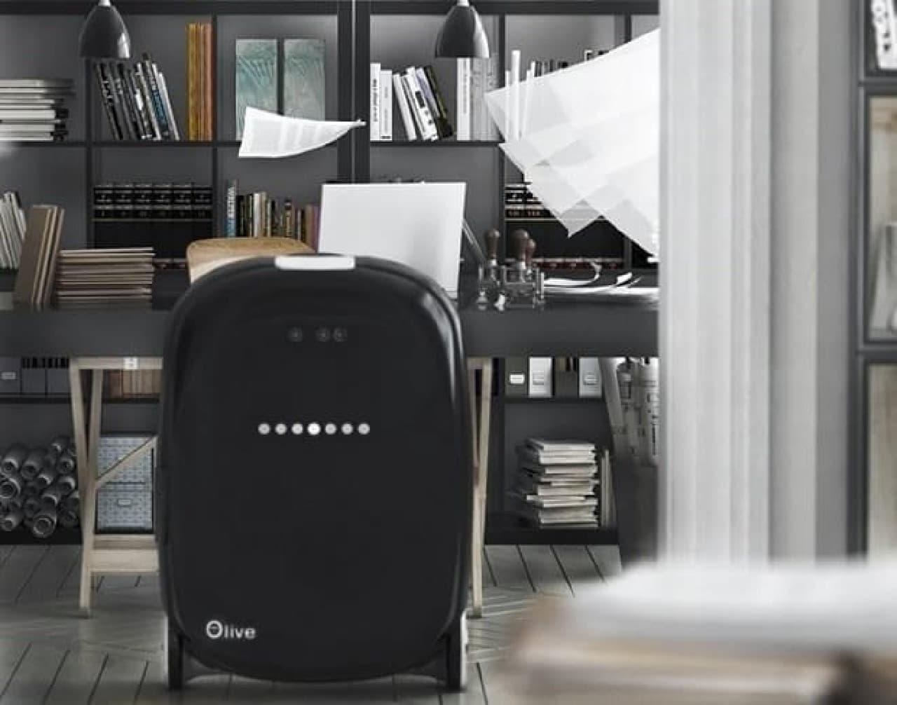 ロボットスーツケース 「Olive」