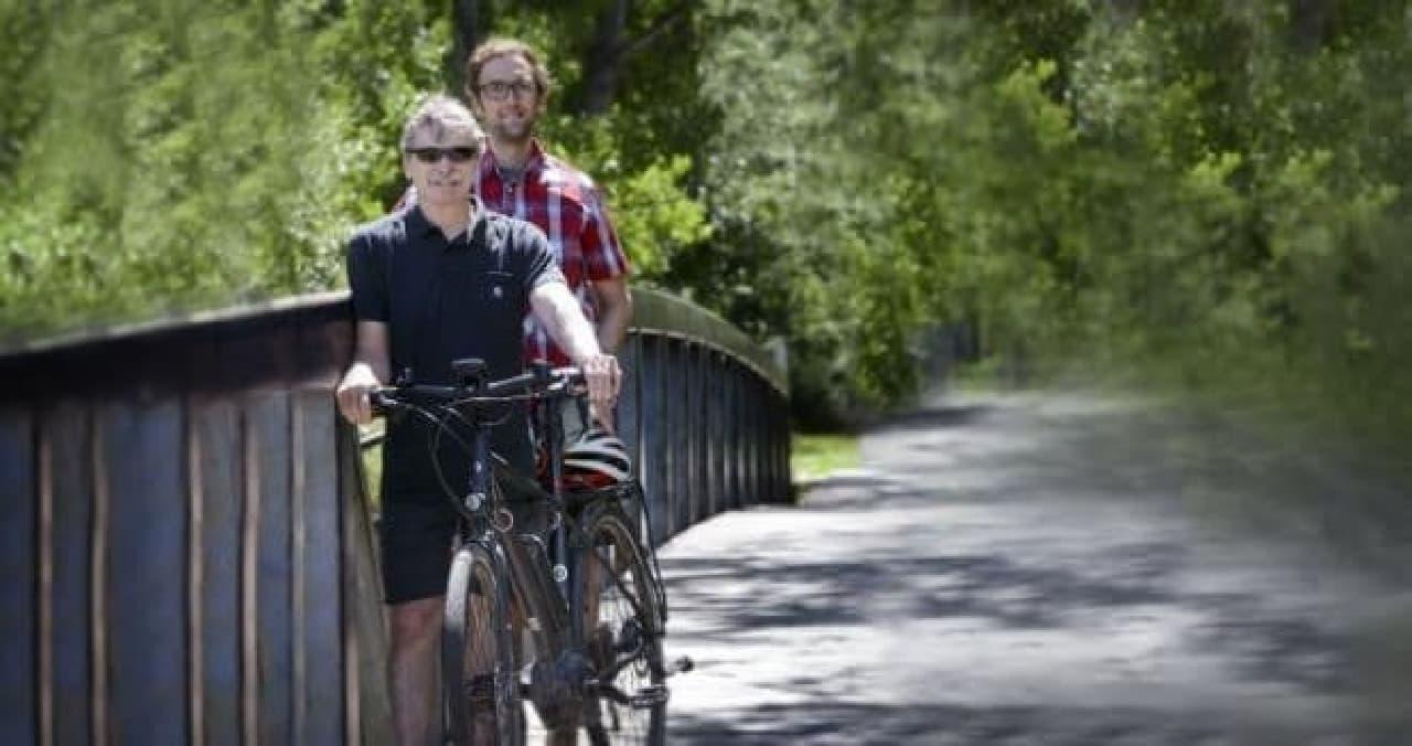 電動アシスト自転車による通勤研究の執筆者であるコロラド大学ボルダー校の研究者