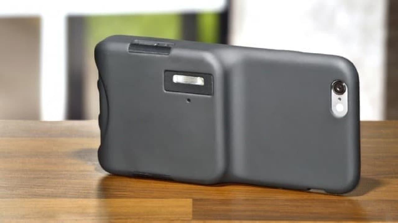 iPhone専用強力フラッシュケース「Capture Case」