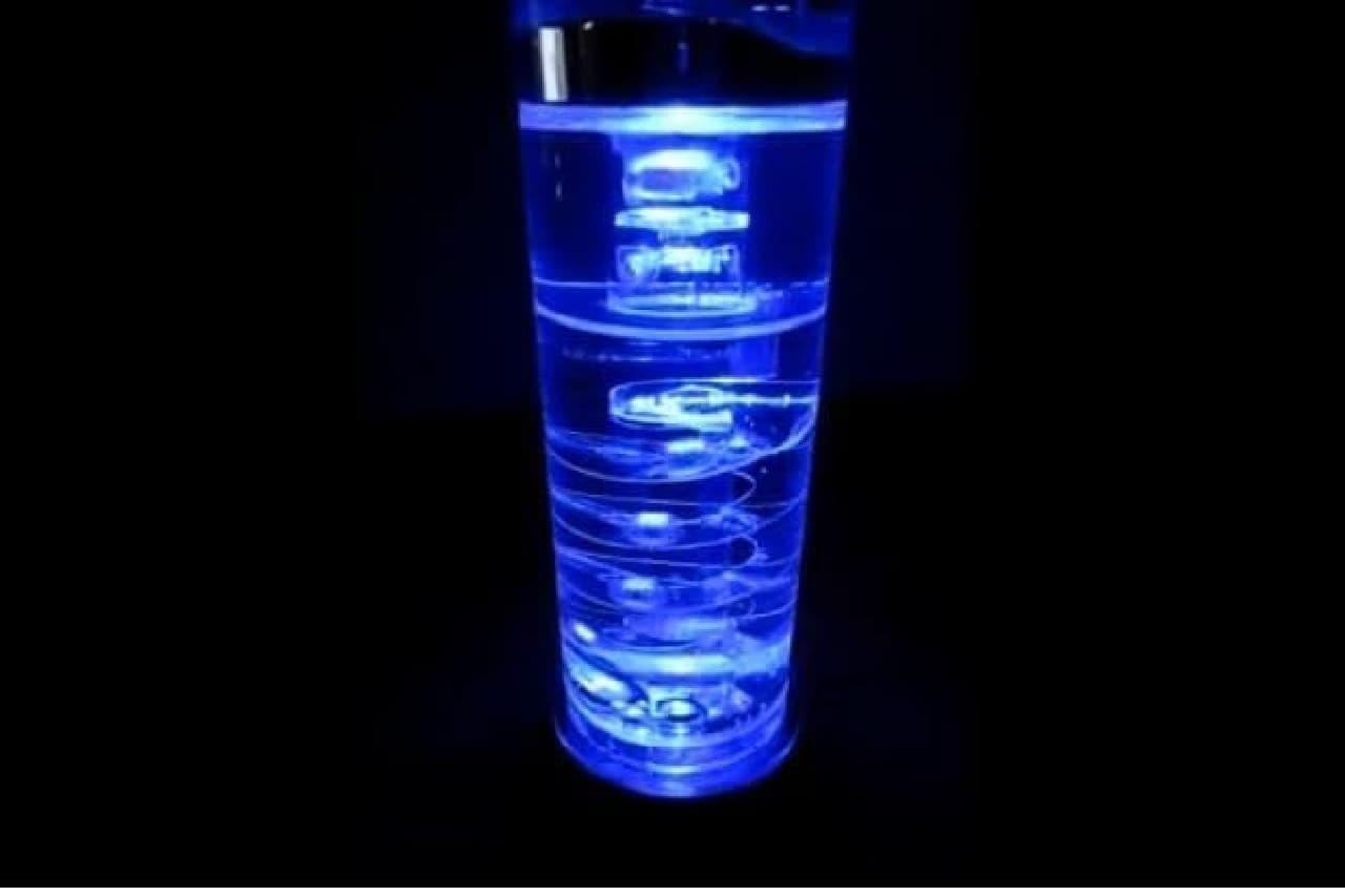 液体金属時計のライトアップ