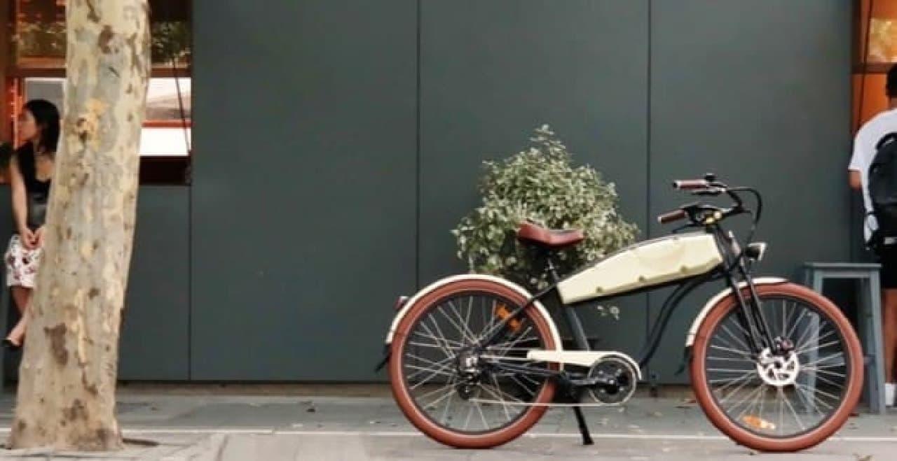 レトロバイク風のデザインを持つ電動アシスト自転車Ariel Rider「N-Class」