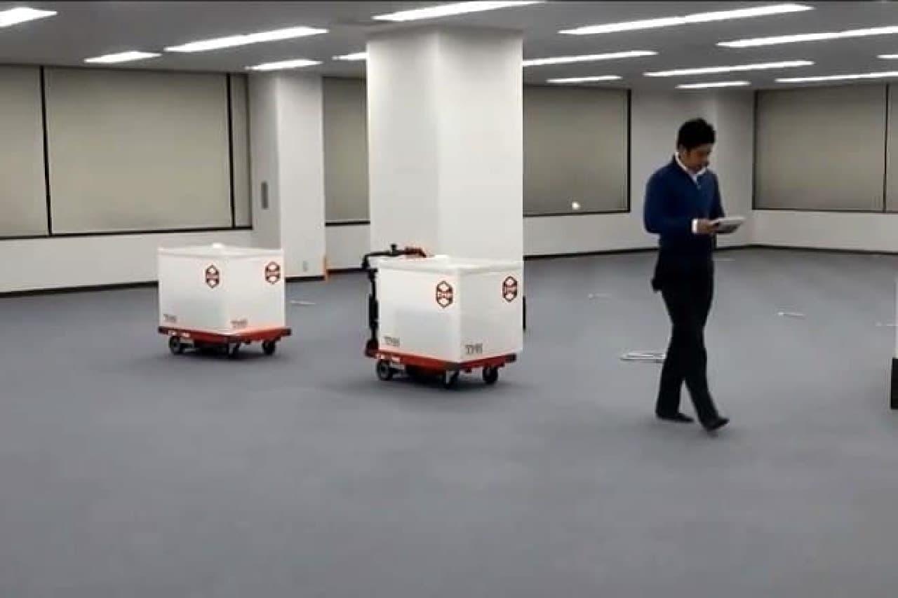 ZMPの「かるがも」型台車ロボット