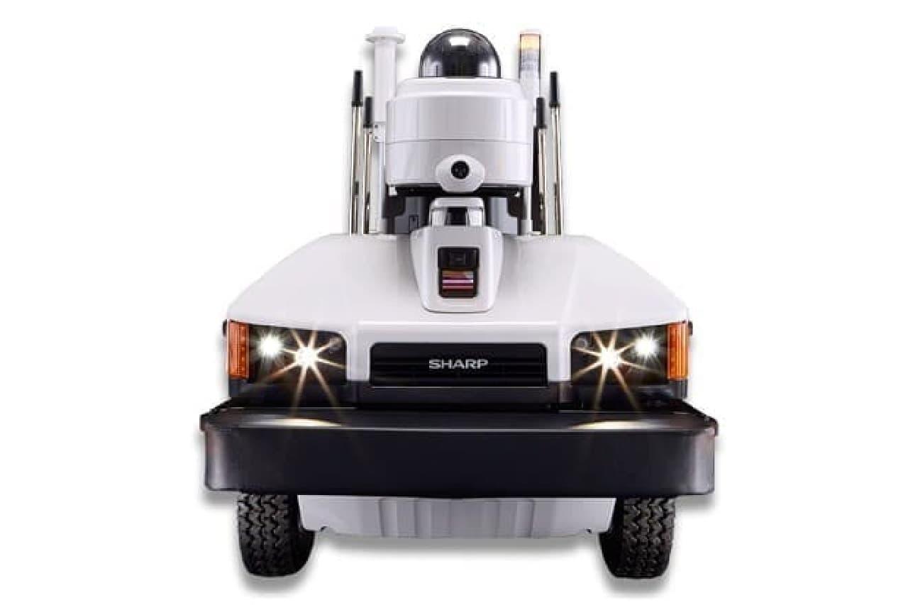 ロボットの正面画像