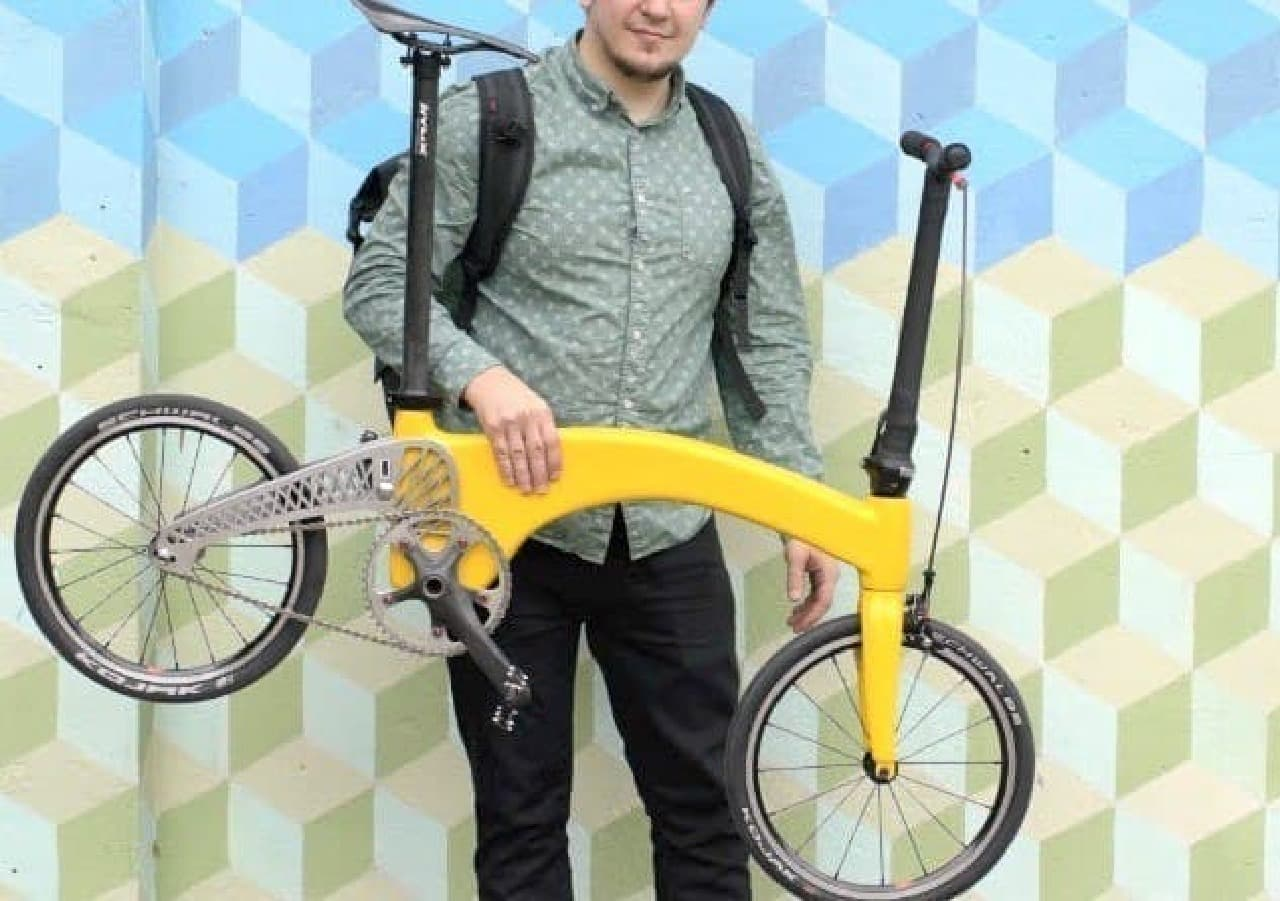 ネコ2匹分の折り畳み自転車「HUMMINGBIRD(ハチドリ)」が、生産開始へ!