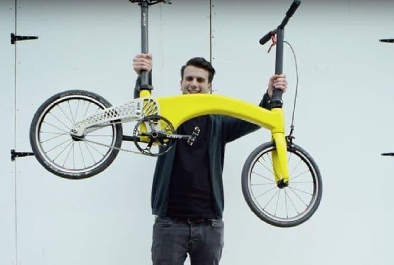 ネコ2匹分の折り畳み自転車「HUMMINGBIRD(ハチドリ)」が、生産開始へ