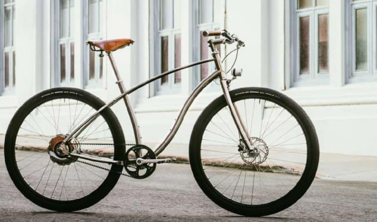 充電がほとんど不要な電動アシスト自転車、Budnitz Bicyclesの「Model E」