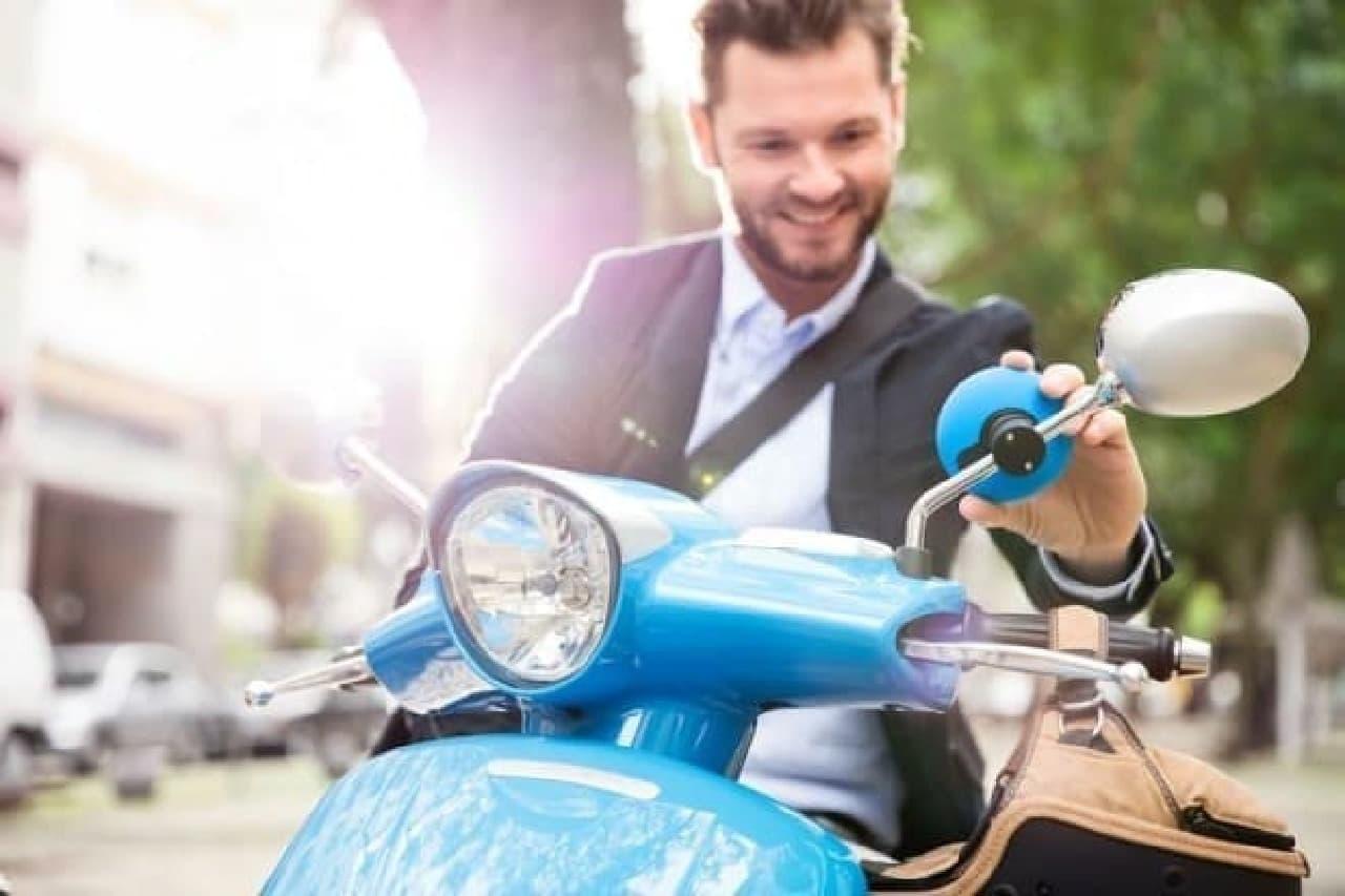 スクーター・バイク用ナビ「TomTom VIO」