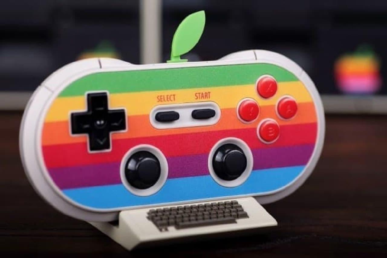 Appleロゴをモチーフにしたゲームコントローラー「AP40」