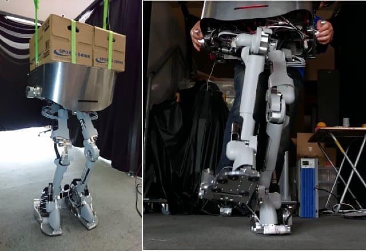 ロボットの足をつけたして重いものを運ぶパワーローダー